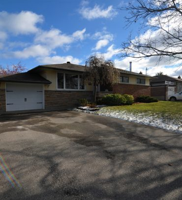 EXCLUSIVE LISTING – Great Investment Opportunity Whitby – SOLD!!